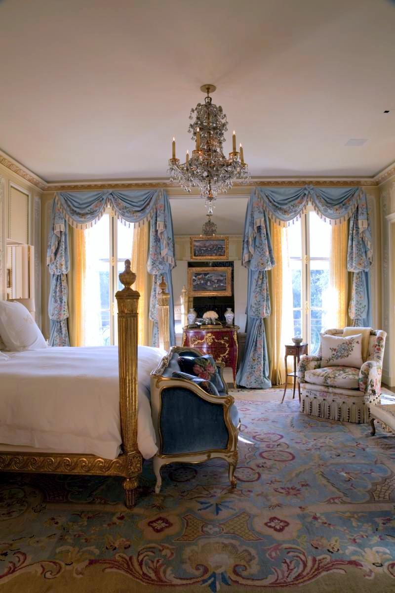 Brian-Mccarthy-18th-century-French-design-master-bedroom-B